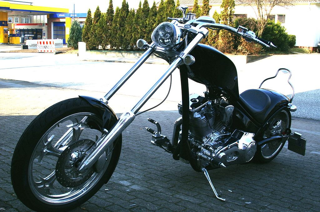 American Ironhorse Texas Chopper Custombike Highnecker Langgabel